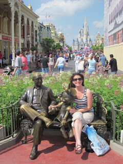 Roy Disney and Minnie Mouse Statue in Walt Disney World 2012